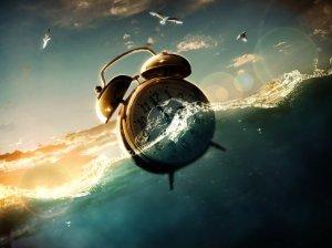 часы плывут